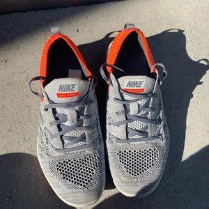 Nike Focus Flyknit